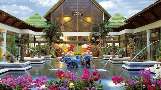 Loews Royal Pacitic Resort orchid court
