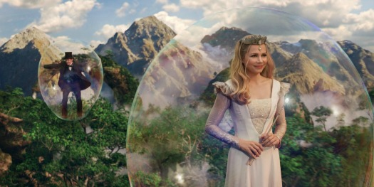 Glinda the Good in Oz The Great and Powerful